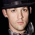 Good Charlotte rocker ties the knot - Nicole Richie and Joel Madden tied the knot in a lavish ceremony last night (11.12.10).The couple …
