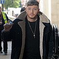 James Arthur compares himself to Seaworld killer whale Tilikum - James Arthur has compared his treatment and 'exploitation' to that of the killer whale Tilikum, who …