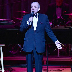 Frank Sinatra, Jr. dead after massive heart attack
