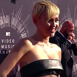 "Miley Cyrus attacks ""tacky"" female celebrities"