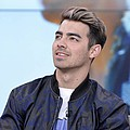 Joe Jonas makes moves on model - Pop star Joe Jonas has reportedly struck up a new romance with model Juliana Herz.The DNCE singer …