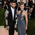 Zayn Malik and Gigi Hadid split - report - Singer Zayn Malik and supermodel Gigi Hadid have reportedly called it quits.The Hollywood …