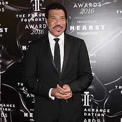 Lionel Richie: 'There's room for Adele and I to both say Hello'