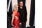 Blake Shelton performs birthday duet with Gwen Stefani - Blake Shelton rang in his 40th birthday onstage on Saturday (18Jun16) as his girlfriend Gwen …