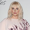 Kesha performs Til It Happens To You at Humane Society gala - Kesha fought back tears at a star-studded gala on Saturday (07May16) as she performed Lady Gaga's …